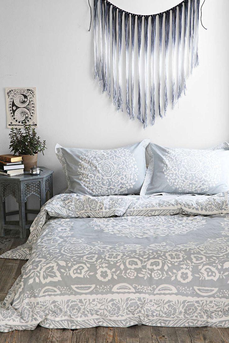Bedroom Decor Like Urban Outfitters 105 best the best dorm room @ upenn images on pinterest   bedroom