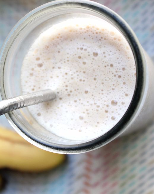 You don't have to be big on protein shakes to try this delicious and simple protein smoohthie from a pro surfer and model. It will keep you full until your post-workout breakfast.