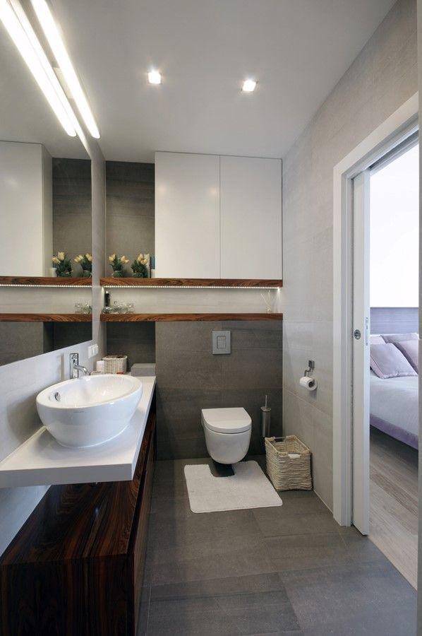 Nowoczesna łazienka przy sypialni - Architektura, wnętrza, technologia, design - HomeSquare
