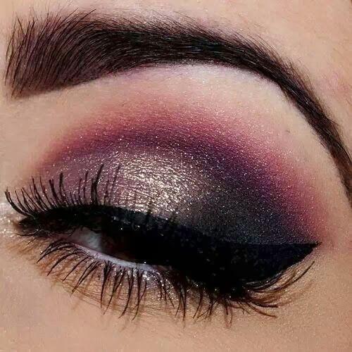 Pink and gold #eye #eyes #makeup #eyeshadow #smokey #dramatic #dark