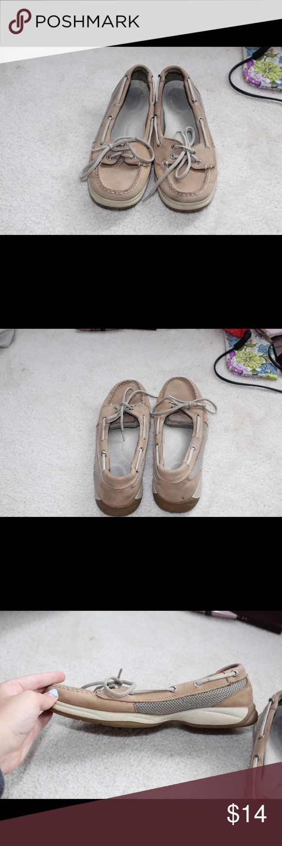 Sperry angelfish boat shoe Tan, in fairly good condition. Sperry Shoes