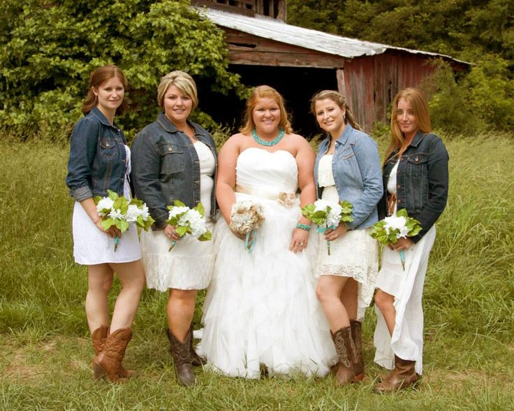 Best 25 Beige Bridesmaids Ideas On Pinterest: 25+ Best Ideas About Blue Jean Wedding On Pinterest