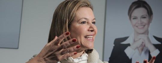 La política me pidió el divorcio y se lo di  Noemí Sanín confesó la alegría que le significa la nueva ciudadanía y cómo la compartirá con Colombia, la patria que dice ella siempre llevar en su corazón. http://www.kienyke.com/historias/la-politica-me-pidio-el-divorcio-y-se-lo-di/