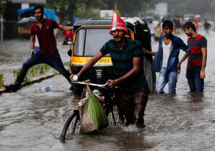 Mumbai floods prompt calls for crackdown on India's urban sprawl