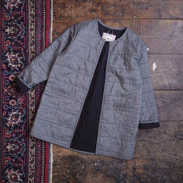 You know how we love a pattern variation and this Tamarack from @paddleboatstudio is such a good one! Make sure you click over to her profile for more info and a little video featuring it! #tamarackjacket #grainlinestudiograinlinestudiograinlinestudio,tamarackjacket