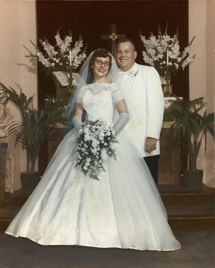 Vintage 1960s Wedding Dresses: 132 Best Mariages 1960 à 1969 Images On Pinterest