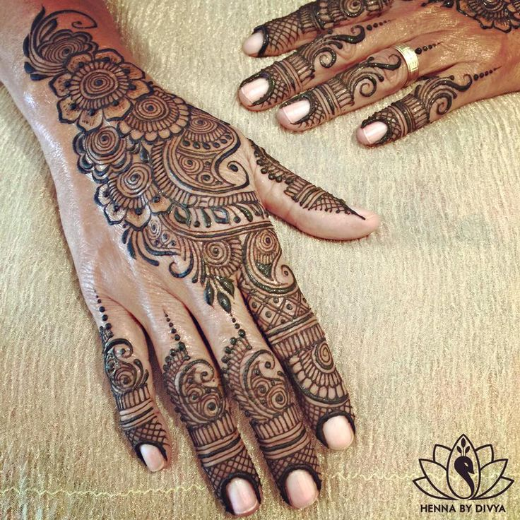 the 2474 best images about mehndi designs on pinterest henna mandala art and latest mehndi. Black Bedroom Furniture Sets. Home Design Ideas