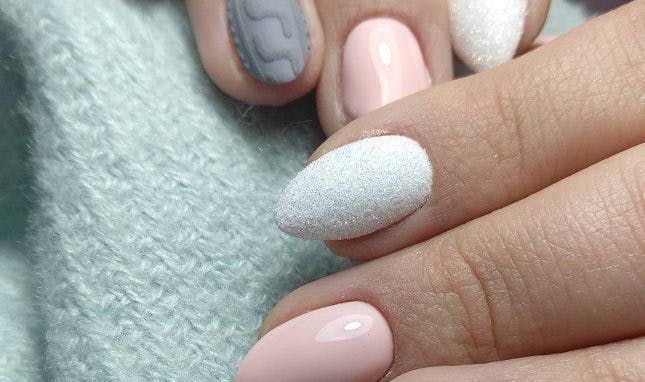 6 Things To Know Before Getting Acrylic Nails For The 3 Alternatives To Acrylic Nails That You Need To Take Off Acrylic Nails Remove Acrylic Nails Thin Nails
