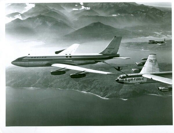 Air force refueling aircraft excellent