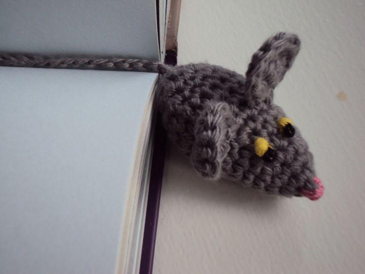 En kreativ verden: DIY.Hæklet bogmærke mus