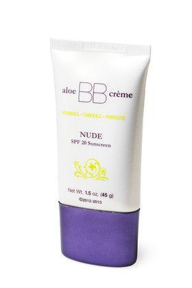Flawless by Sonya™ aloe BB crème. Se kosteuttaa, ja tasoittaa ihosävyäsi, eikä siinä kaikki. Voide toimii pohjustusvoiteena, peitevoiteena ja meikkipohjana sekä suojaa ihoasi auringolta. Sävy Nude sopii sinulle, jolla on vaalea ihosävy. SPF 20.