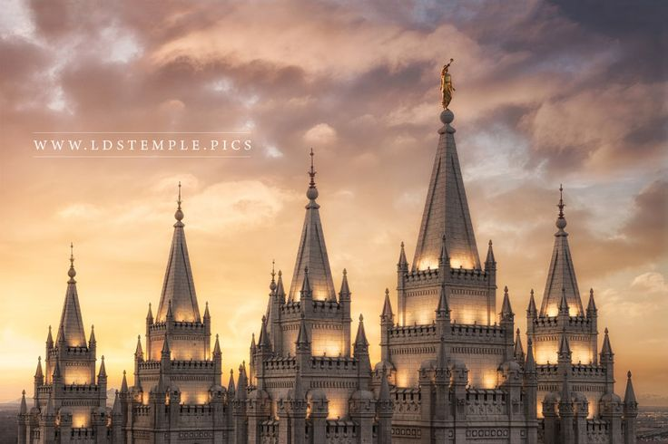 Why the Angel Moroni Tops Most LDS Temples - LDS Temple Pictures