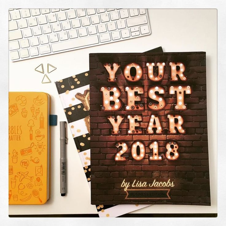 Started reading my favourite book: Your Best Year 2018 by Lisa Jacobsoohing and aahing over every page! I have been using her helpful tips and strategies for 2 years now and I cannot express how lucky I feel that I came across it! Don't wait for January 1st to start planning: NOW is the time! Available in Business and Life Edition! For an extra bonus read my post!!! https://goo.gl/bJtGmG  #BujonCoffee #GreekBujo #BujoGR #BujoGreece #BulletJournalGreece #bulletjournal #bulletjournaling…