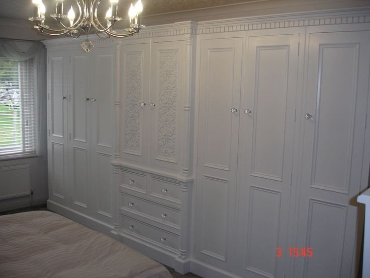 Solid Pine Antique White Painted Large 8 Door Jali Style