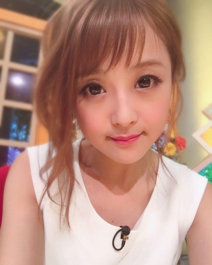 いいね!7,893件、コメント111件 ― 鈴木奈々さん(@nana_suzuki79)のInstagramアカウント: 「前髪短いの好評で嬉しいです\(^o^)/ 切ってよかった〜( ´ ▽ ` )ノ いつもコメント沢山ありがとうございます☆ #前髪好評 #めちゃめちゃ嬉しい #ありがとうございます」