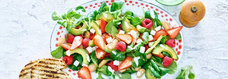 http://www.ah.nl/allerhande/recept/R-R1187229/avocadosalade-met-aardbeien-frambozen-en-feta