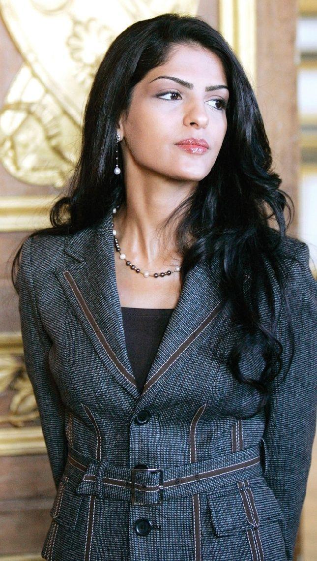 Princess Amira Al Taweel, Princess of Saudi Arabia  Serious