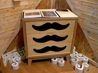 Cajón con bigotes