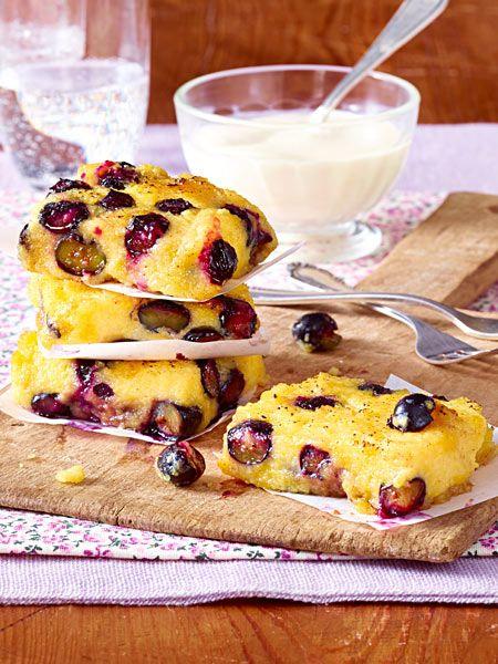 Diese süße Polenta-Variante schmeckt einfach himmlisch! Nach dem Braten in der Pfanne wird sie mit Zucker und Zimt sowie Crème fraîche serviert. Mmmmhhhhh!