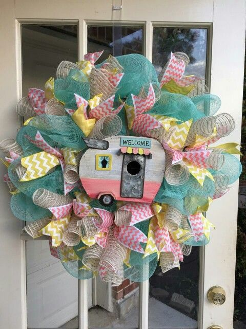 Camper Trailer Deco Mesh Wreath