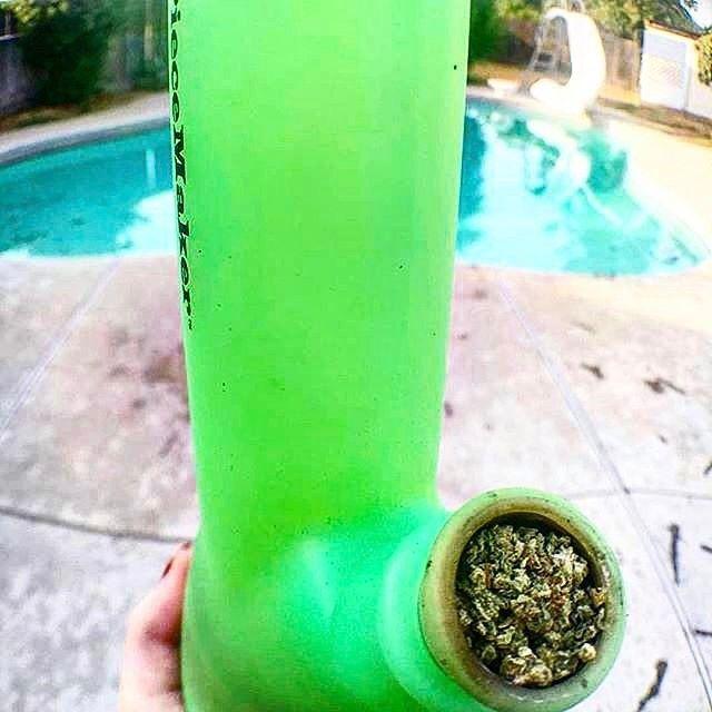 @helenkillahh with @repostapp  ・・・  .  Some bowls w my @piecemakergear 👅💚❇️ Blaze YOUR own trail & tag us in you pics and we will repost #piecemakergear.com #piecemaker #BlazeYourOwnTrail #siliconewaterpipe #thc #ganja #420 #budtender #hightimes #maryjane #marijuana #siliconebongs #suicidegirls #stoner #siliconebong #dabbing #weedsociety #kief #smokeweedeveryday #supremebusiness #bong #710  #cannabis #stonernation @piecemakergearaustralia . ™️@piecemakergear @tokorama