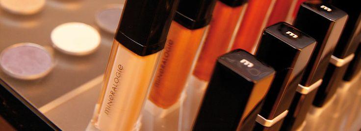 Ontdek hier de glamoureuze kleuren van de Mineralogie Make-up
