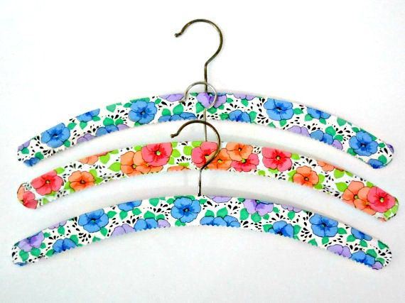 3 Vintage hangers. Mid century clothes hangers by VintagetoFrance