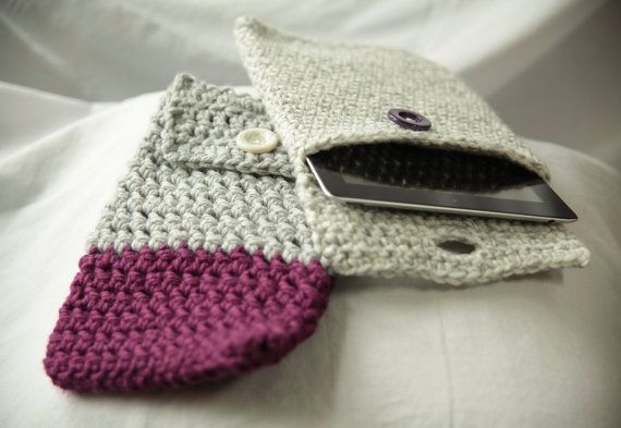 Closed Tablet Sleeve by KatEyeKrafts on Etsy, $27.00