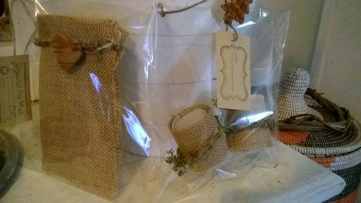Set da due di portaposate tubolari con erba aromatica vera decorativa removibile. (5)