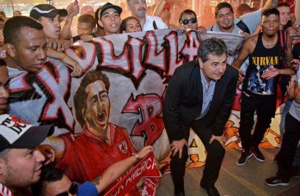 """""""El Polilla"""" Da Silva a su llegada Cali:""""por el amor al américa vine"""" - Banda Deportiva :: Fútbol Visitante"""