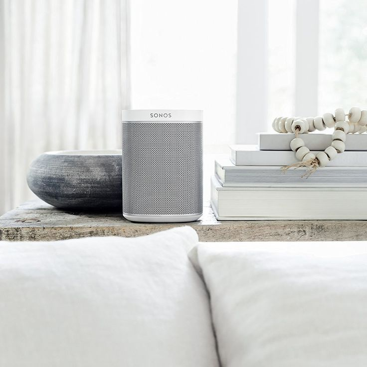 SONOS PLAY:1 Smart Wireless Speaker, White Multi room music streaming, without the ugliness  if you dont know what sonos is by now, I've added a link to the guide below    Sonos guide: https://www.amazon.co.uk/b/ref=amb_link_225490707_2?ie=UTF8&node=8517963031&pf_rd_m=A3P5ROKL5A1OLE&pf_rd_s=hero-quick-promo&pf_rd_r=NYVXC1HQF1VQN1NC0F7B&pf_rd_t=201&pf_rd_p=1100566607&pf_rd_i=B00FMS1KJK