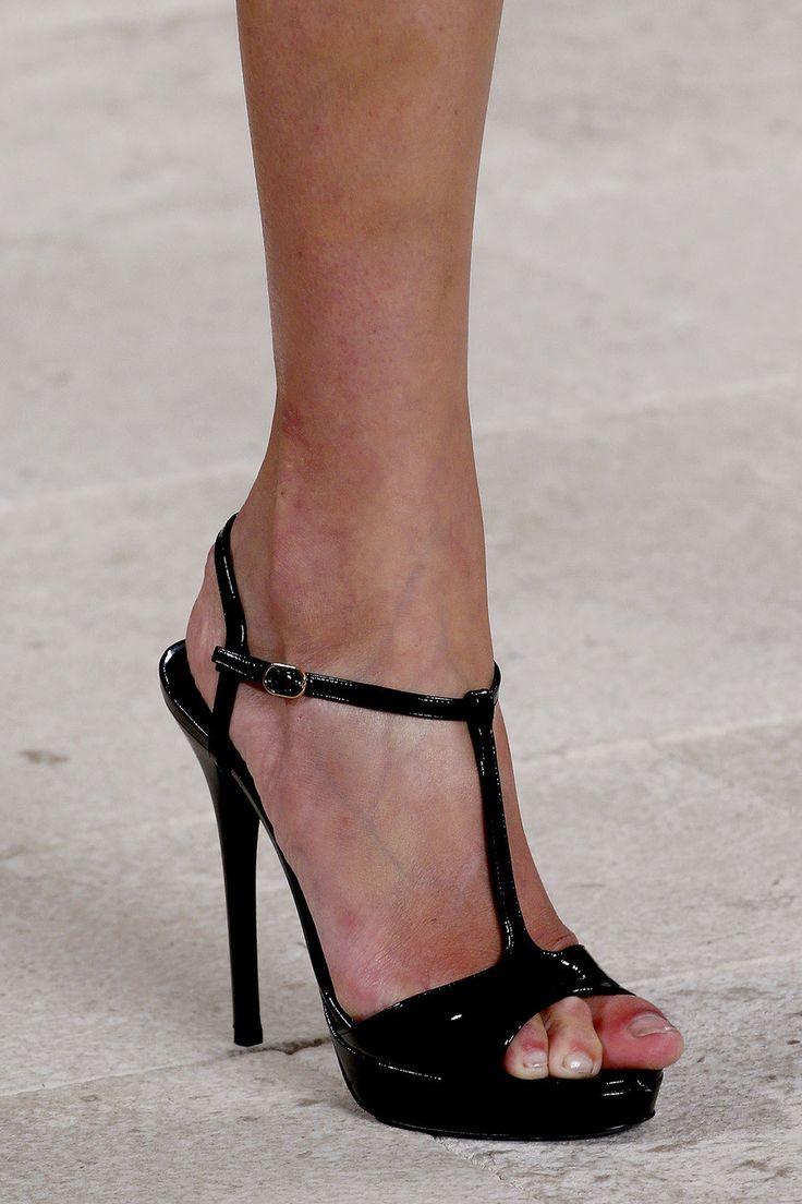 手机壳定制shoes without laces Ralph Lauren Spring   Ready to Wear Collection Photos  Vogue