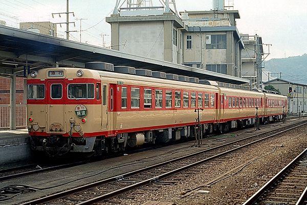 キハ65系急行「阿波」高徳線高松駅