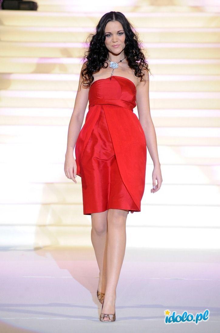 Dominika Gawęda - Gwiazdy w odcieniach czerwieni