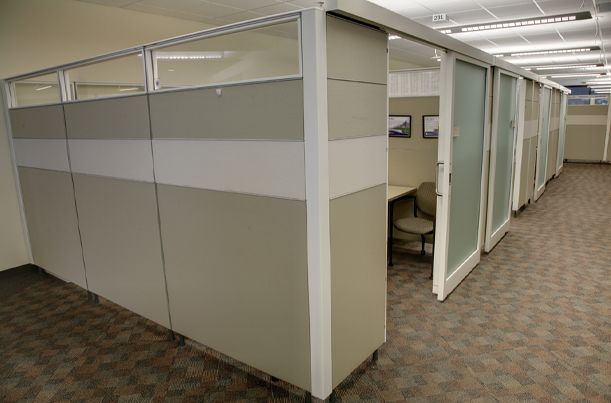 Glass cubicle panels and frosted doors | Westinghouse Electric Company