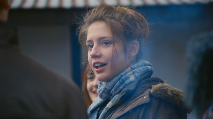 Cinapse | BLUE IS THE WARMEST COLOR: Sex, Class, and Positionality