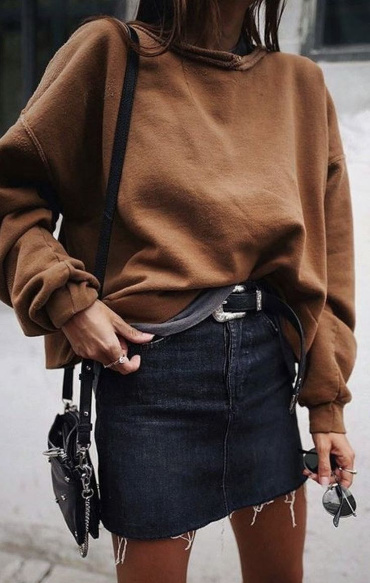 Camel sweatshirt + cutoff mini.
