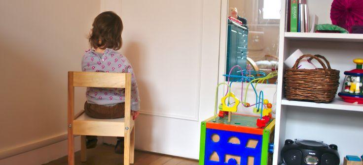 La punition n'est pas la solution a une vie harmonieuse avec ses enfants. Mais comment faire sans ? Cliquez-ici pour trouvez 10 alternatives à la punition!