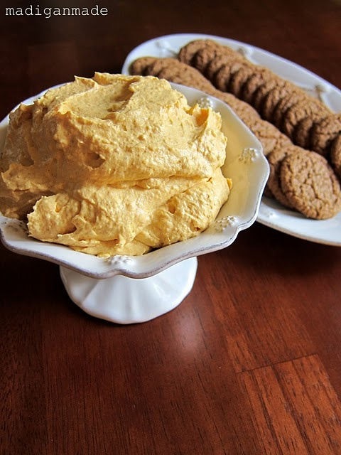 FALL Quick Pumpkin Fluff & Ginger Snaps