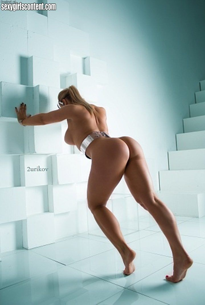 Russian naked big booty models naked groups amatuer