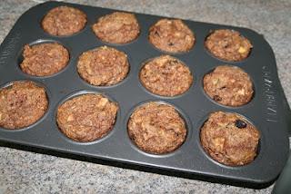 paleo apple cinnamon coconut flax muffins: Paleo Apple