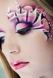 MakeUp: 9 Ideen zum Pink tragen