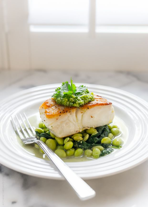 Gorgeous. Pan-Roasted Halibut with Cilantro Edamame Pesto | @kitchconfidante