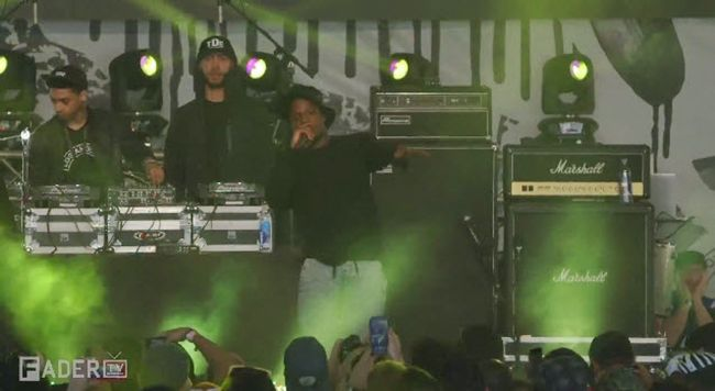 """Watch: Isaiah Rasah & SZA Perform """"Ronnie Drake"""" Live at The FADER FORT #Getmybuzzup- http://getmybuzzup.com/wp-content/uploads/2014/03/Isaiah-Rasah.jpg- http://getmybuzzup.com/watch-isaiah-rasah-sza-perform-ronnie-drake-live-fader-fort-getmybuzzup/- Isaiah Rasah & SZA Perform """"Ronnie Drake"""" Live Watch TDE's Isaiah Rasah and SZA perform """"Ronnie Drake"""" at The FADER FORT Presented by Converse in Austin, Texas.Enjoy this video stream below aft"""