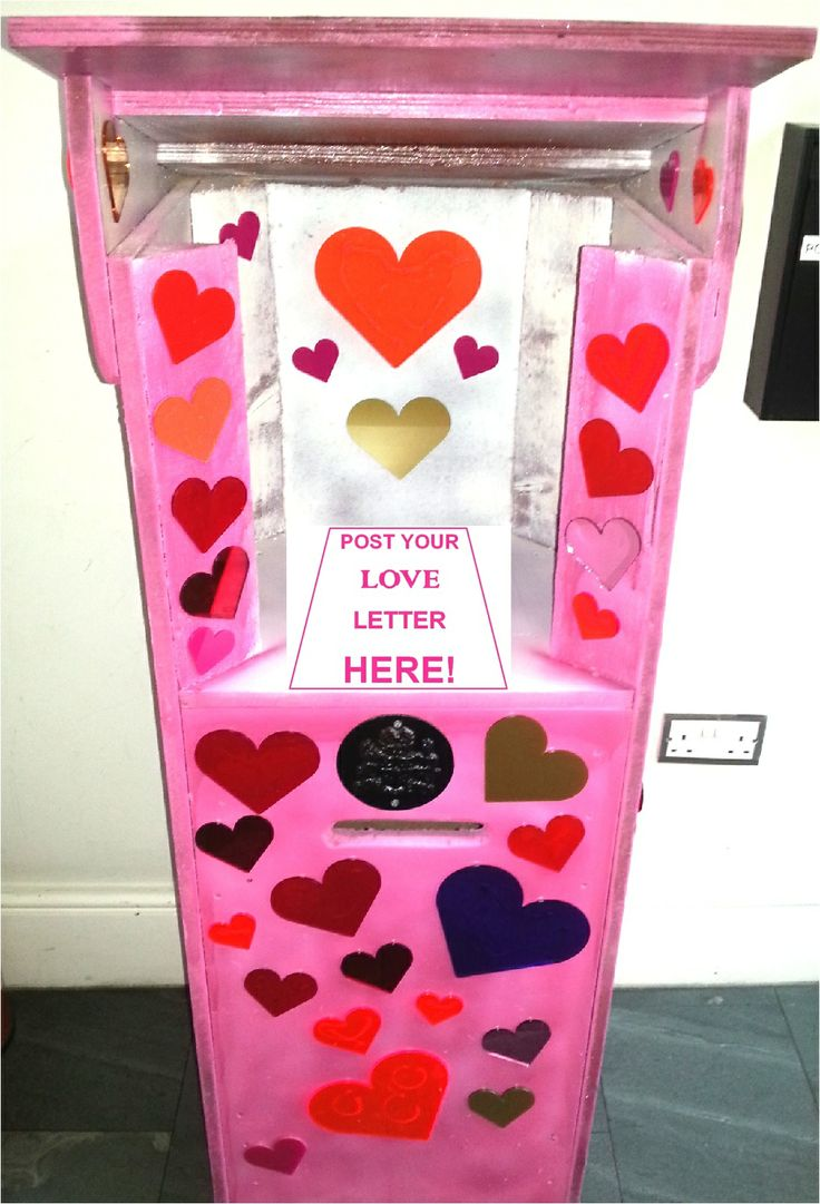Head down to Greenwich Market between 1st and 14th Feb and use our LOVE LETTER BOX to write a love note to your beau. It will be read out on Friday 14th Feb by our Dr Love on stage from 12pm!