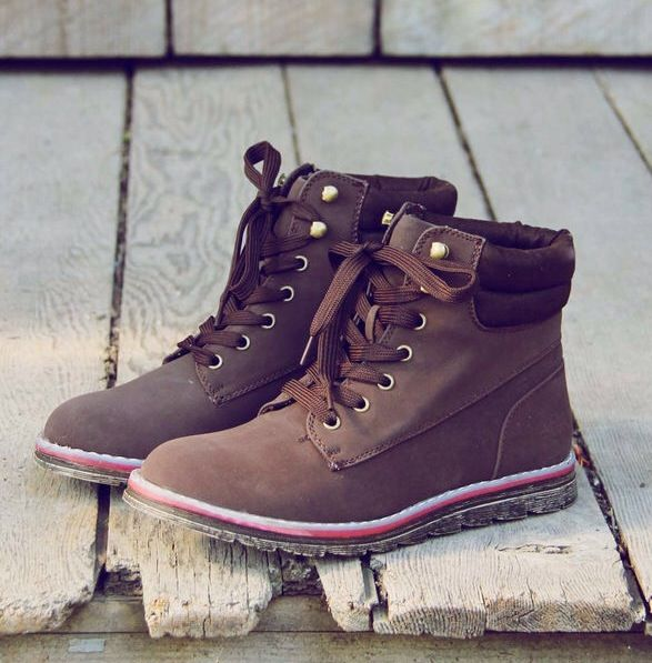 Cute hiking boots, lighter than some of the others, wouldn't feel as clunky