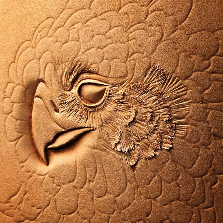 情有獨鍾~ #handmade #craftspeople #leathertooling #leathercraft #trioleatherart #dinnidworkshop #dinnid #leather #harpia #HarpyEagle #皮雕 #皮 #皮革 #皮革工藝 #角鵰 (在 Trio Leather Art 仨革藝)