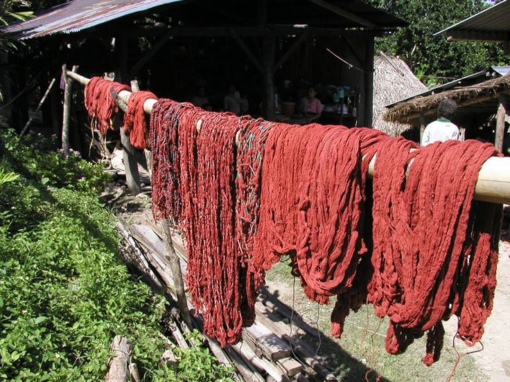 The more slowly the red dye dries, the stronger the final color.