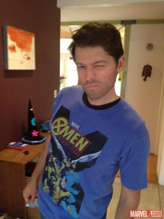 Misha Collins in an X Men shirt!!!!!!!!