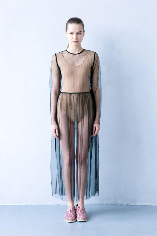 Прозрачные платья телеведущих фото 4 фотография